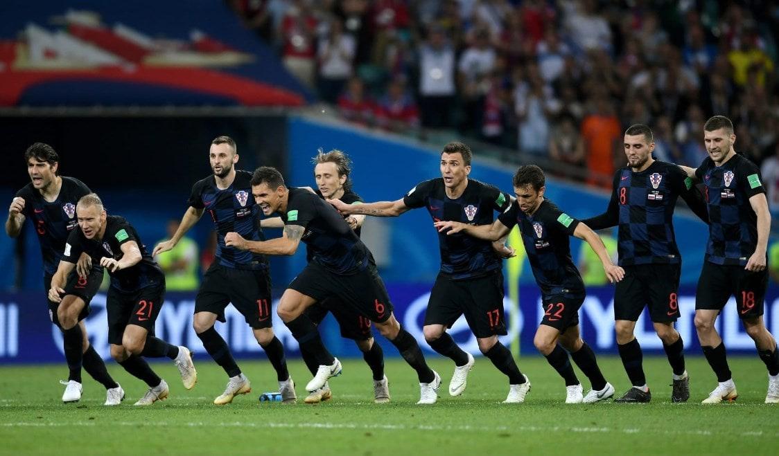 Матч Россия - Хорватия: Клетчатые снова побеждают в серии пенальти.