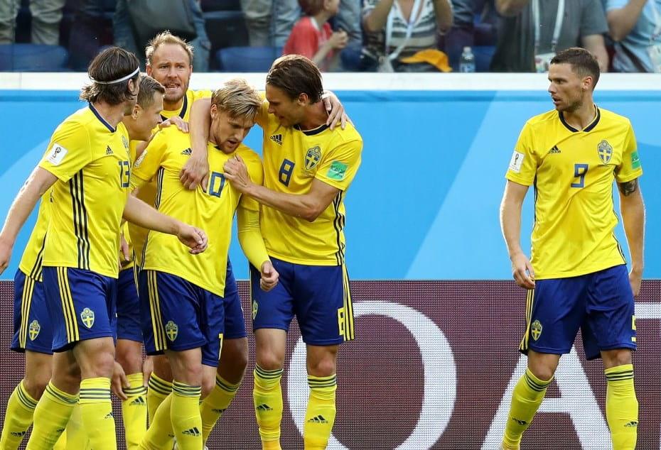 Матч Швеция - Швейцария: Скандинавы проходят в 1/4/